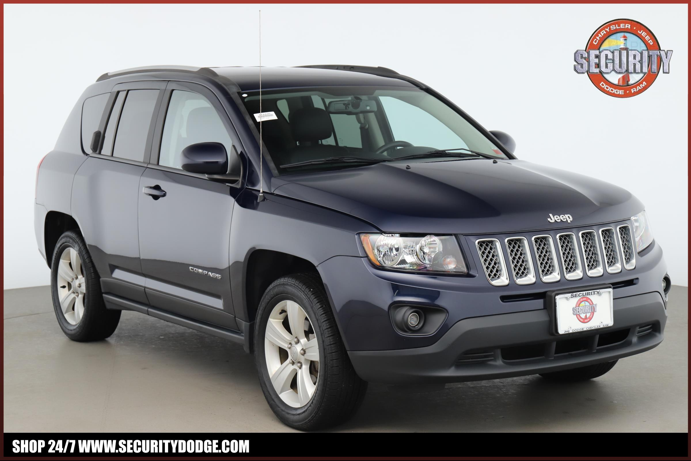 Certified Pre-Owned 2017 Jeep Compass Latitude 4x4