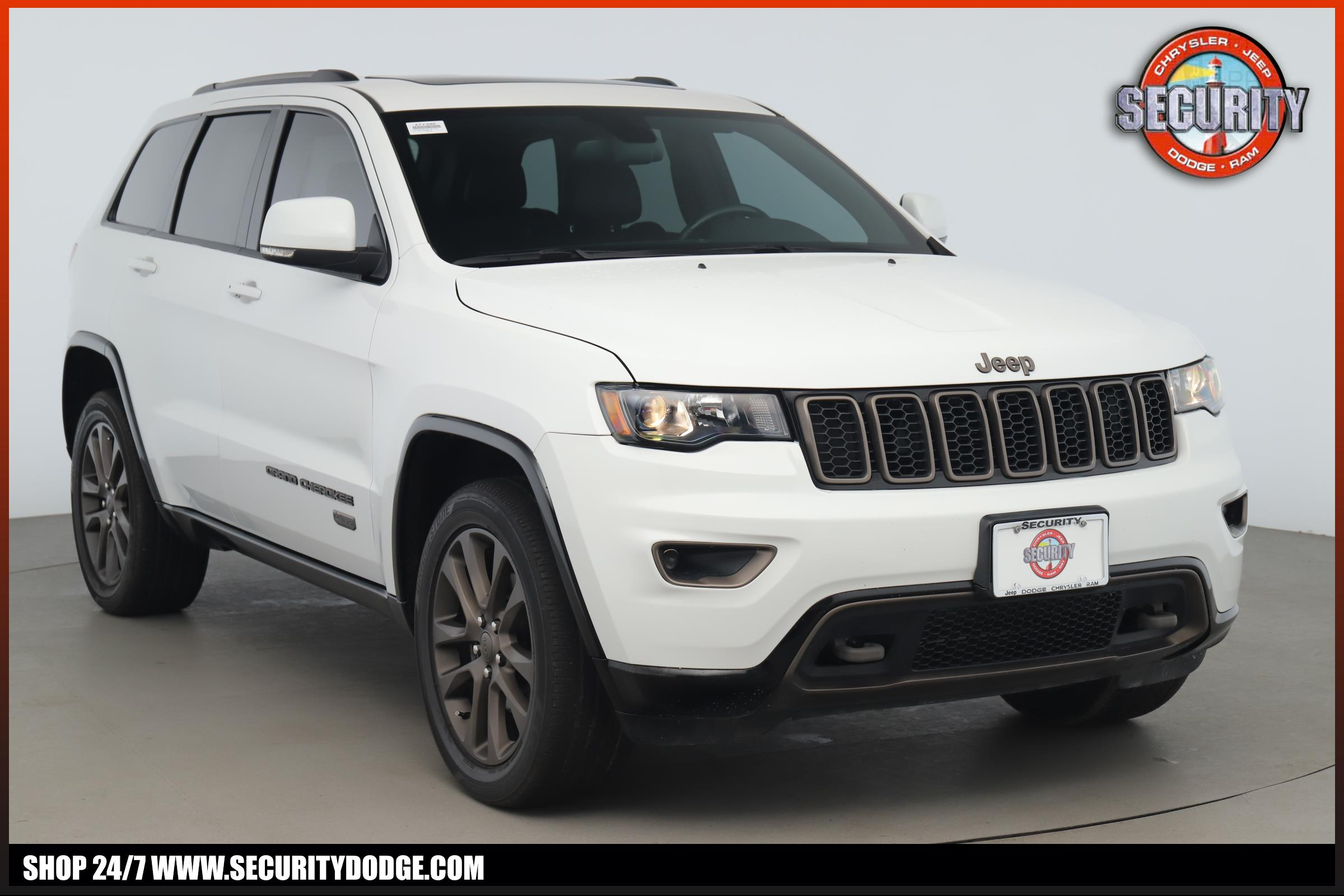 Jeep Grand Cherokee 75Th Anniversary >> Certified Pre Owned 2016 Jeep Grand Cherokee Limited 75th Anniversary 4x4 Four Wheel Drive Limited 75th Anniversary 4x4