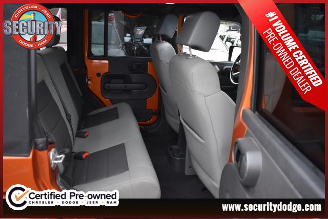 Pre-Owned 2010 Jeep Wrangler Unlimited 4WD 4dr Sahara