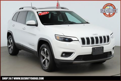 Certified Pre-Owned 2019 Jeep Cherokee Limited 4x4